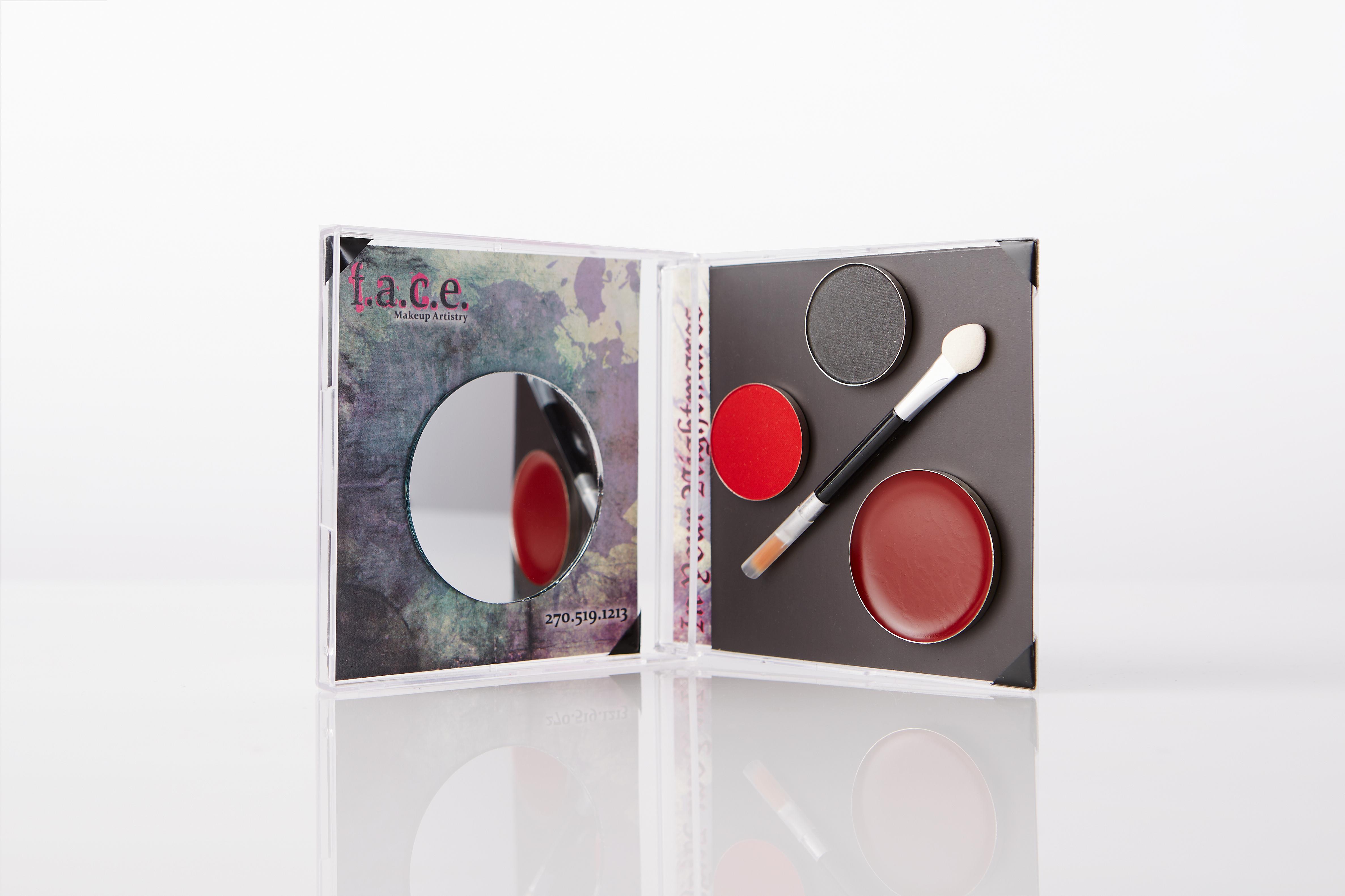 7L3A1594Erin Hendley - Brushes & Makeup Retail - June 2015 - Brad Rankin Studio